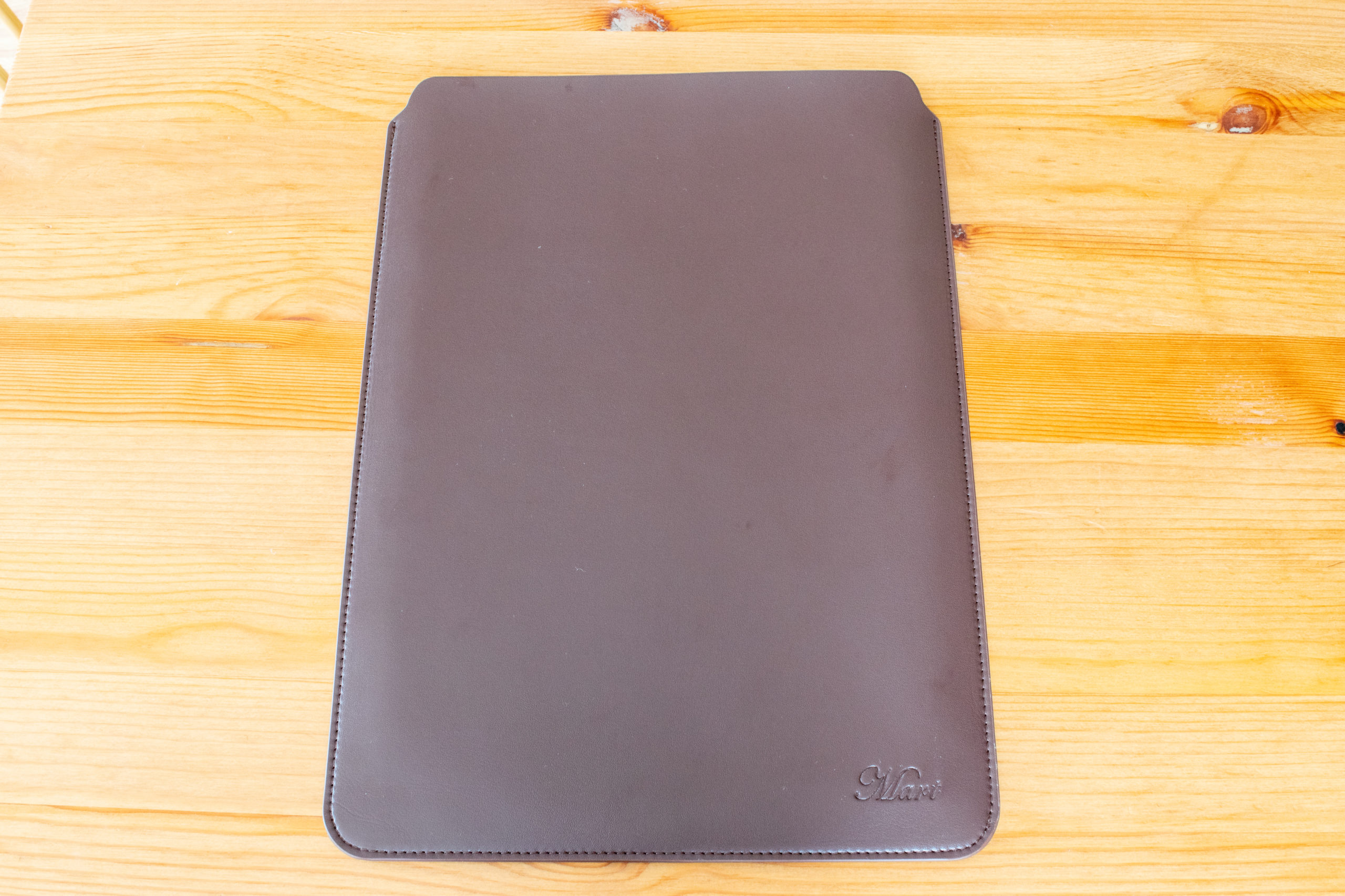 M.V (Valueble Mart)のスリーブケース(Surface Pro 7用)【レビュー】